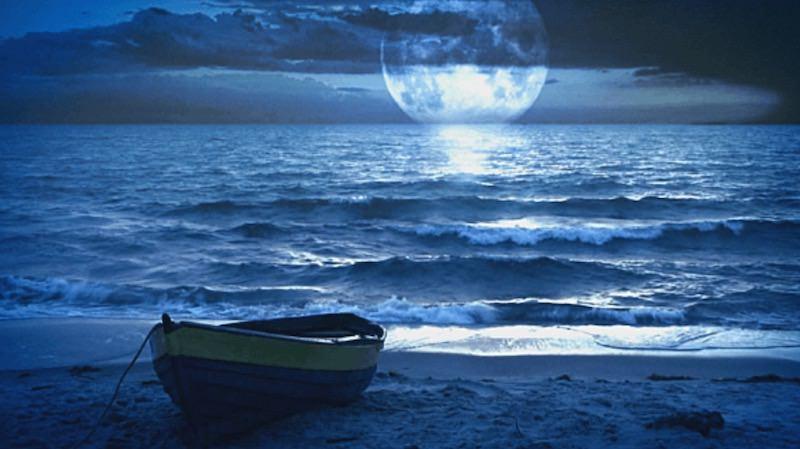 midnight-beach
