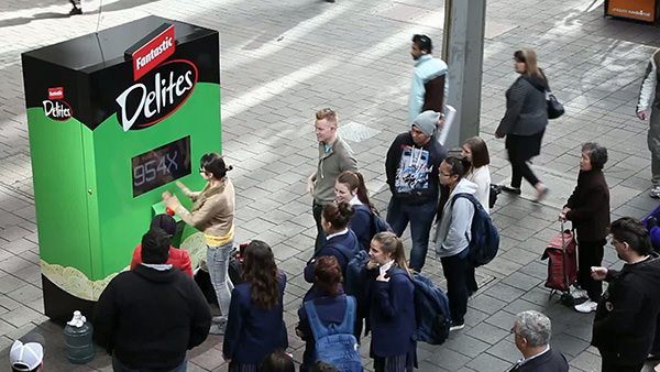 fantastic-delites-vending-machine
