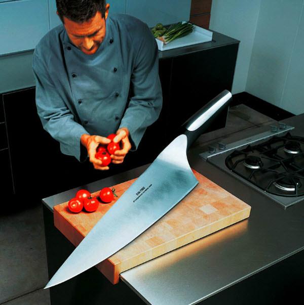 giant knife